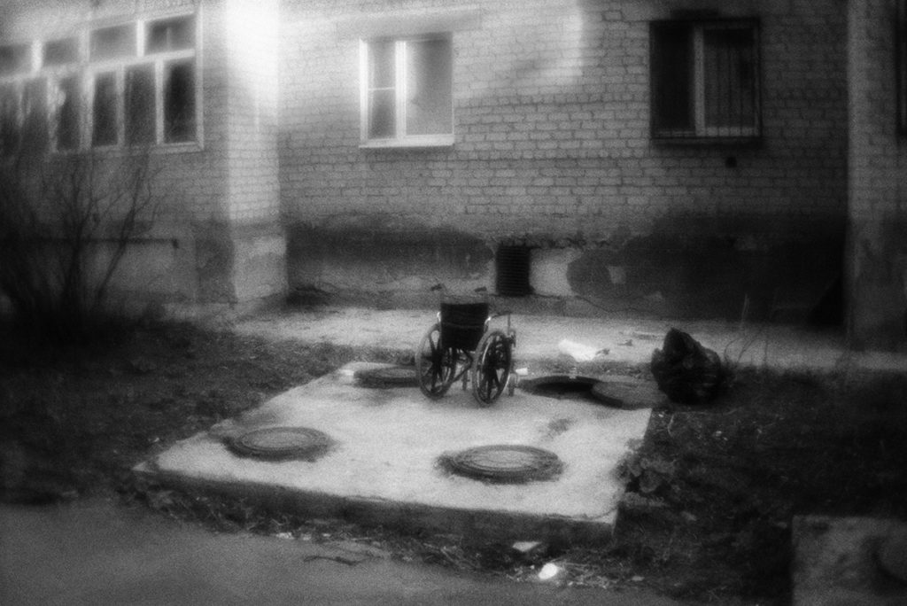 The wheelchair at the hatch, where its homeless owner lives.